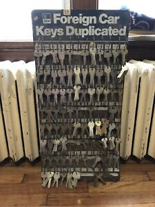 600+ Taylor Foreign Car key Blanks + Vintage Display