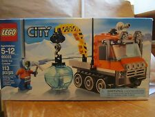 LEGO City 60033 New 113 pcs Arctic Ice Crawler Mini Figure Sealed Ice Pick