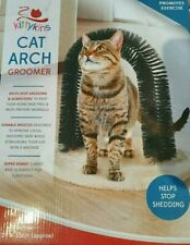 Cat Arch Groomer New in Box Helps Stop Shedding