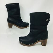 Ugg Australia Lynnea (Womens Size 8) Leather Lined Studded Heel Boot Black