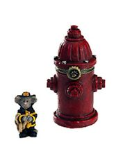 "Boyds Treasure Box ""Captain Dan's Lil Red Fire Hydrant w/Squirt""#4022179-1E - Nib"