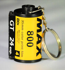 KODAK KEYCHAIN MADE FROM RECYCLED 35 MM FILM CANISTER, KODAK MAX 800, 24 EXP.