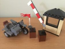 LEGO Indiana Jones Motorcycle Sidecar & Outpost From Set 7620. Unused Condition!