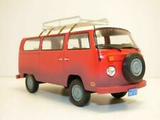 VW T2 B Bus 1973 Field of Dreams Red Model Car 1 24 Greenlight Collectibles