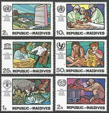 Mint Never Hinged/MNH Decimal Single Asian Stamps