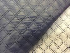 coupon de tissu  simili cuir marine  vinyl  matelasse  2 cm  : 3.00 m ; ref 7