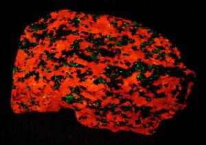 Willemite Franklinite Zincite Calcite Fluorescent Minerals Sterling Hill NJ