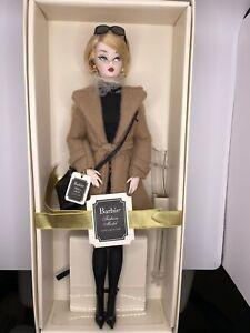 Classic Camel Coat Silkstone Barbie - Gold Label