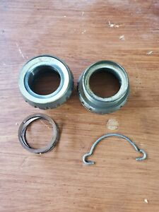 Campagnolo Power Torque Bike Bottom Bracket Cups English 1.370 X 24 TPI Good