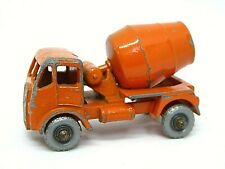 Matchbox Lesney No.26a ERF Cement Mixer (VERY RARE SILVER PLASTIC WHEELS)