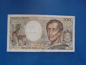 200   FRANCS  MONTESQUIEU 1989   Y 068