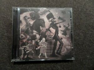 CD ALBUM - MY CHEMICAL ROMANCE - THE BLACK PARADE
