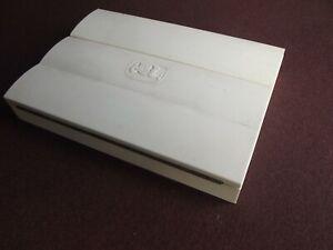 Vintage 1940s Winsor & Newton White Bakelite Watercolour Paint Box.Needs Filling