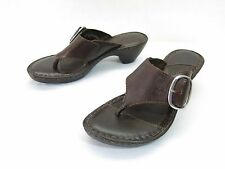 Born Thong Sandals Womens 7 Brown Leather Buckled Comfort Slide Wedge Slip Ons