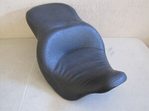 HARLEY DAVIDSON CUSTOM OSTRICH REDUCED REACH SEAT FITS: '08 - 'LATER TOURING