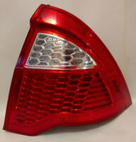 2010-2012 Ford Fusion Tail Light Passenger Right SIde