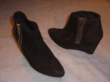 FREE PEOPLE WEDGE ANKLE BOOTS DISTRESSED BROWN SUEDE WOMENS Sz 40/ 9 M NWOB