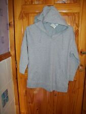 ***LOOK*** NEW GREY HOODED TOP SIZE 14-16 ***