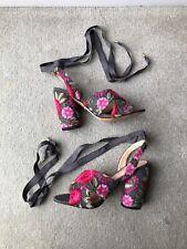 BNWOT TOPSHOP Reena Embroidered Floral Ribbon Tie Sandals Block Heels Size 5/38