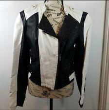 VINTAGE Ashley 26 international Faux Leatherette Jacket Black White Size Medium