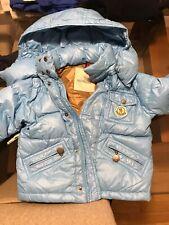 Piumino d'oca MONCLER bambino colore Azzurro taglia 2 ANNI - Usato