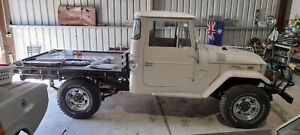 Toyota 1970 fj45 Landcruiser Unfinished Project running and driving new brakes