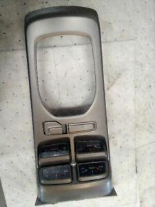 10-15 Chevrolet Camaro Shifter Bezel Auxiliary Gauge Package Gauges Set 6827287