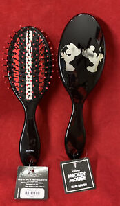 Disney -Mickey Mouse And Minnie Mouse Kissing- Wet Brush~NWT