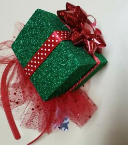 Claire's Christmas Present Gift Box Headband One Size