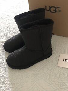 Ugg Australia Kid's Black Classic Short II Glitter Boot Size 2 New in  Box