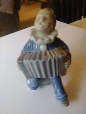 Figurines collectibles royal copenhagen Accordian Boy