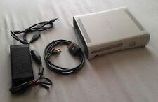 Console Microsoft Xbox 360 Bianca con Alimentatore e Cavo RCA Originali
