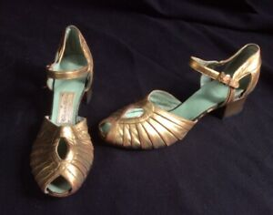 Vintage 1920s Flapper GOLD Kid Leather Chandlers Hollywood French Evening SHOES