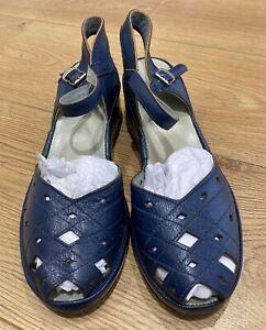 1940s Vintage English Utility Blue Sandals, Marked CC41, Unworn, Size 4 UK