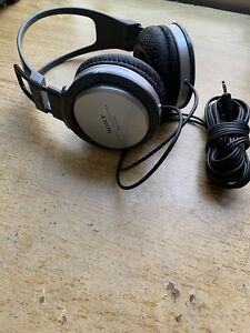 Sony MDR-XD100 Stereo Headphones