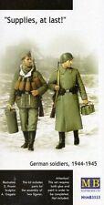 SUPPLIES, AT LAST - GERMAN SOLDIERS (INFANTRY) 1944-1945  1/35 MASTERBOX