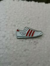 Adidas Rom Trainer Pin Badge Casual Ultras Away Days 3 Stripes Sneakers Kicks