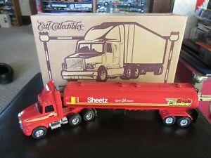 Ertl White GMC Tractor Sheetz Fuel Gas Tanker Trailer Truck 1:64 S Scale RARE