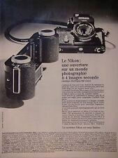PUB - APPAREIL NIKON UNE OUVERTURE SUR UN MONDE PHOTOGRAPHIE A 4 IMAGES SECONDE