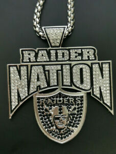 Oakland Raiders Football Team V-Neck Necklace Pendant Souvenir - 60 Cm