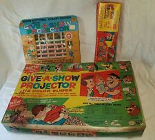 Vintage Give A show projector set 1964 kenner's with extra sets - working order