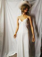 Vintage V Neck Women Maxi Dress Backless Spaghetti Straps Sequins White Dress