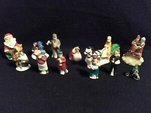 Lot of (12) Miniature People Figures for Lighted Villages - L1