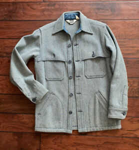 Vintage Woolrich Wool Blue Natural Heavy Hunting Shirt Jacket Sz S USA