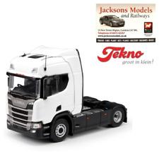 Tekno 70941 Scania R Series 4x2 Highline Sleeper Cab RHD Plain White 1:50 Scale