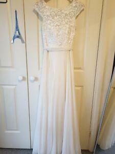 Paddington weddings Bertossi sweetheart lace princess wedding dress size 10