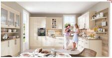 Grosse Landhaus L Musterküche Abverkaufsküche magnolia mit viel Stil zum Kochen