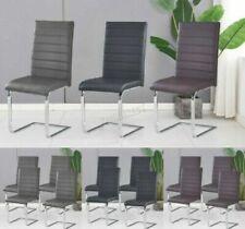 Chaises noires pour la maison salle à manger