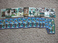 LOT OF 25  DONTRELLE WILLIS CARDS