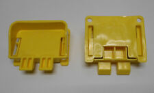Lot of 2 New Plastic Bulk Crate Container Latches HDR45 D-LATCH